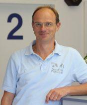 Dr. Kuhn~mv2 D 2140 1407 S 2